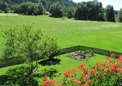 Sommerurlaub im Ferienhaus mit großem Garten